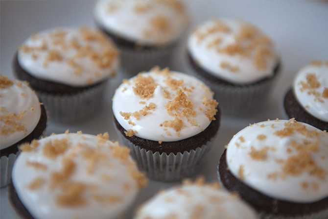 8-30-Smores-cupcakes-4.jpg