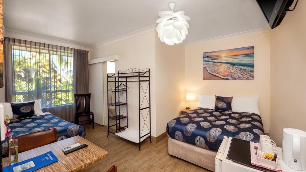 Bilinga Beachfront Motel-55-new.jpg