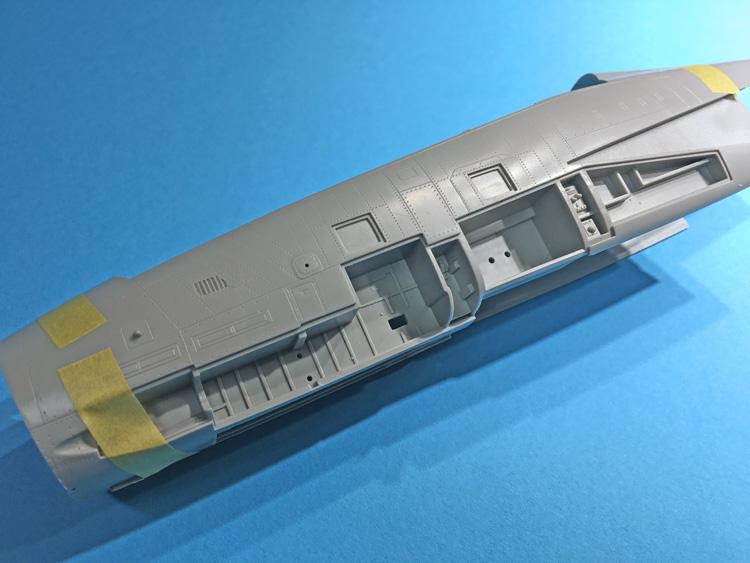 24 BN-Ac-Trumpeter-F-14D Super Tomcat, 1.32.jpg