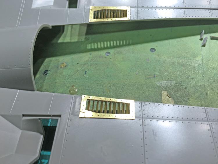 26 BN-Ac-Trumpeter-F-14D Super Tomcat, 1.32.jpg