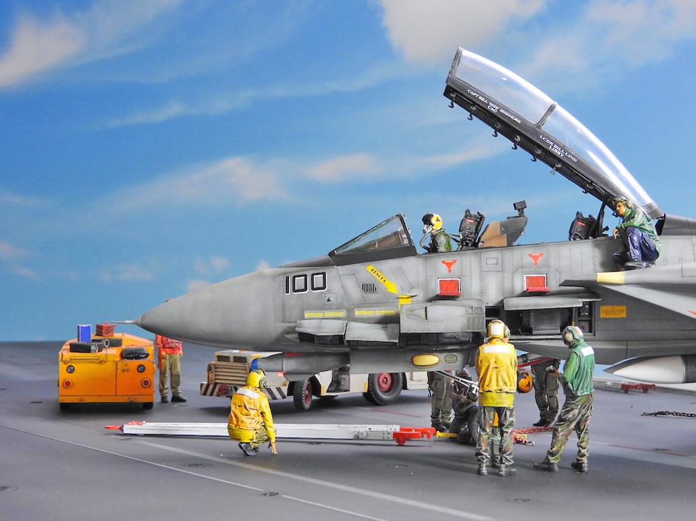 54 BN-Ac-Trumpeter-F-14D Super Tomcat, 1.32.JPG