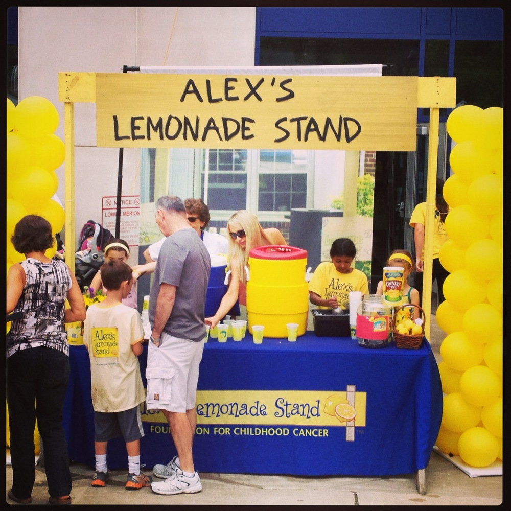 Alex Lemonade Stand Foundation's Team Lemon and the 2013 ...