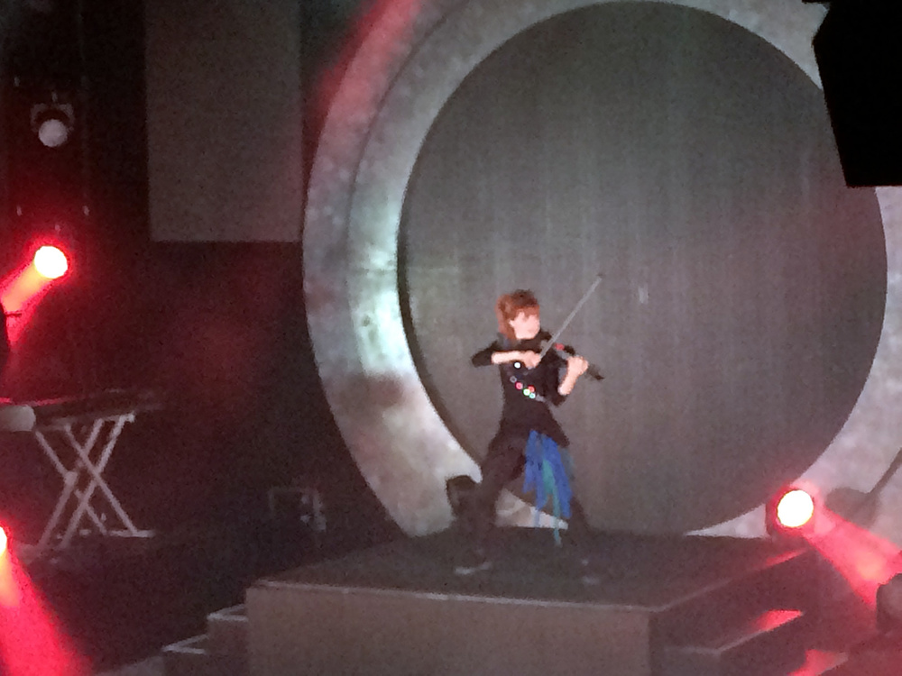 LindseyStirling10a2014Philly.jpg