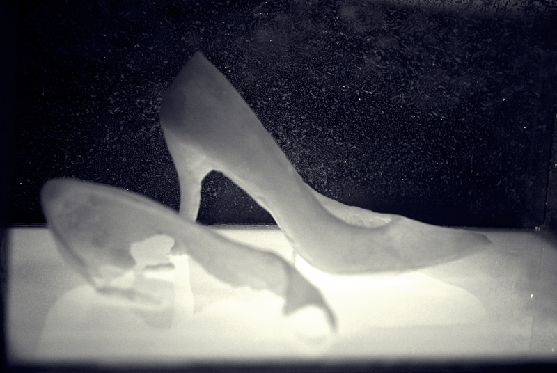 Glass slippers by Korafotomorgana via Flickr.