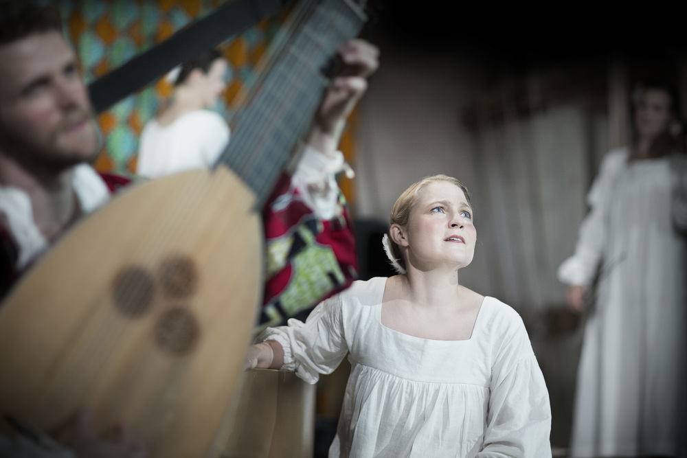 Jonas Nordberg, teorb, Christina Larsson Malmberg, sopran, Catalina Langborn, barockviolin. Foto: Markus Gårder.