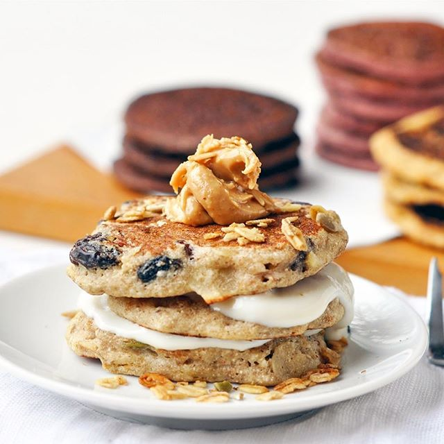 It's #pancakeday tomorrow... oooh exciting!! What better addition to your batter than sweet chewy #wholeplustoppers ...also perfect sprinkled over the top instead of refined sugars and syrups! 😋  For healthy vegan pancake recipes - check the bio for my main blog @johodson for a big roundup of ideas!