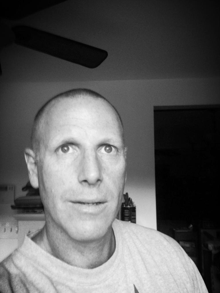 Stephen Tesher photo.jpg