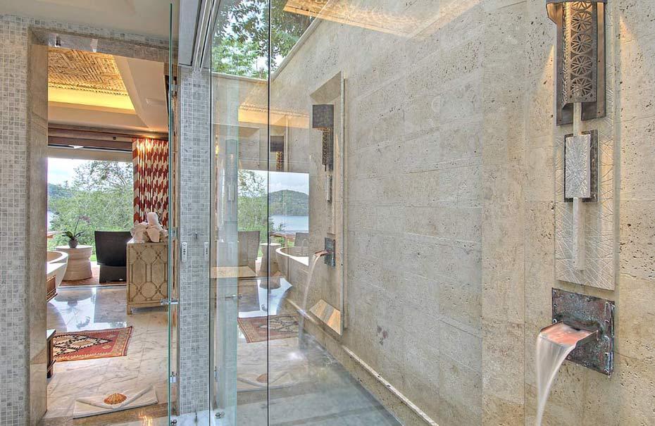 2-Bathroom-c.jpg