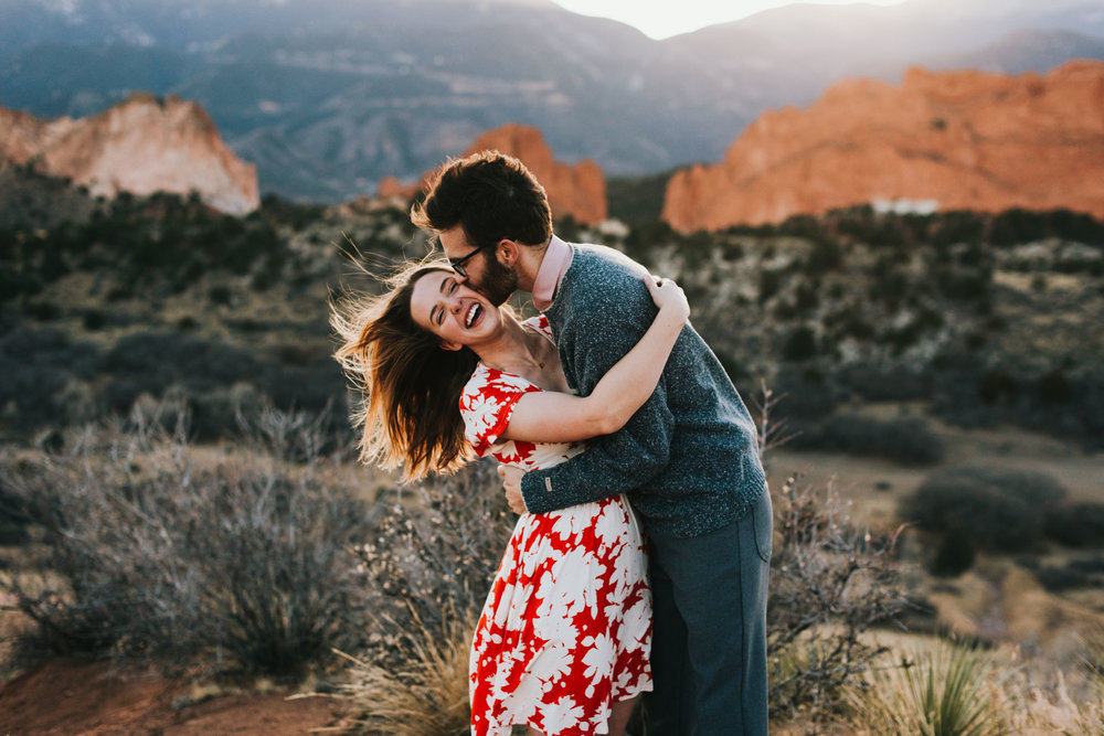 garden-of-the-gods-engagement-garden-of-the-gods-couples-adventure-session-Teresa-Woodhull-photography-Teresa-Woodhull-photographer-Intimate-wedding-photographer-Intimate-wedding-photography-elopement-photographer-traveling-wedding-photographer-traveling-elopement-photographer-Adventure-elopement-photographer-Adventure-wedding-photographer-Destination-wedding-Destination-elopement-Destination-wedding-photography-Destination-wedding-photographer