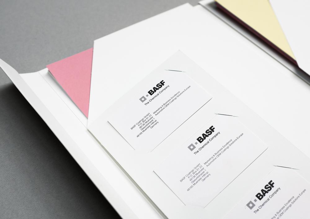 ONOGRIT Designstudio — Presentation Folder – 09.jpg