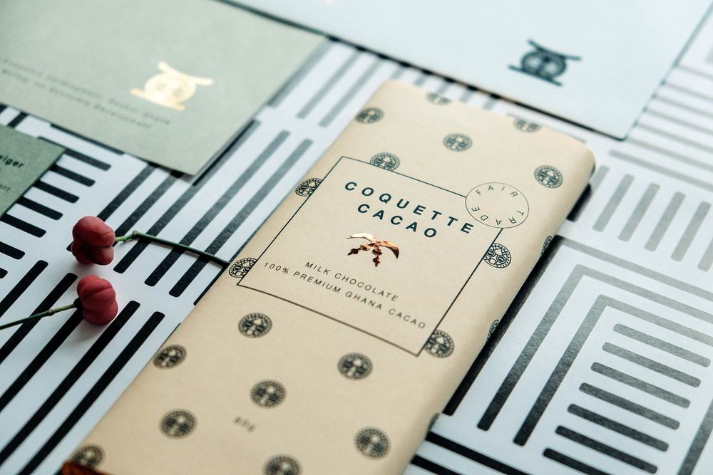 Design Chocolate Bars with pattern packaging and fruit