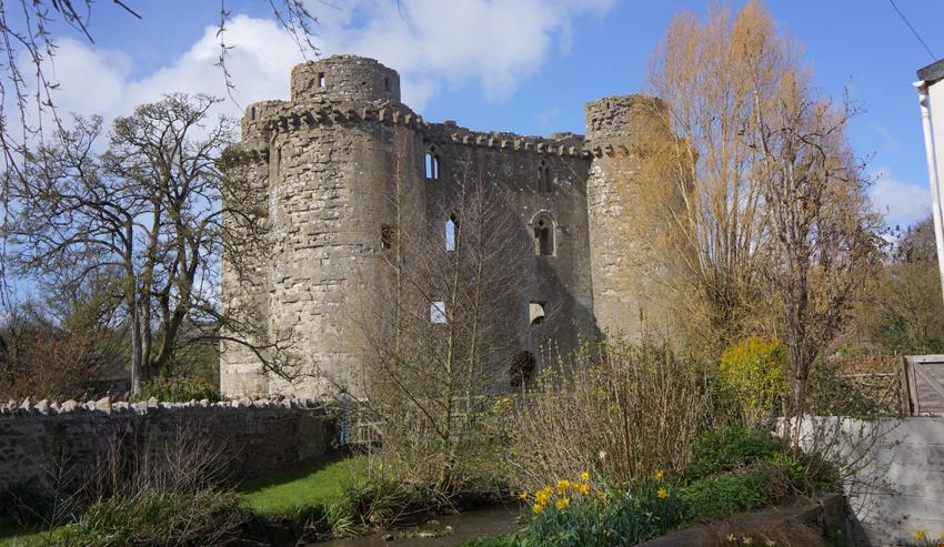 castletwo.jpg