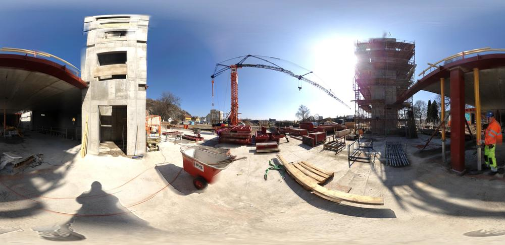 Click to open a 360 graders panorama taken on-site April 22, 2013.