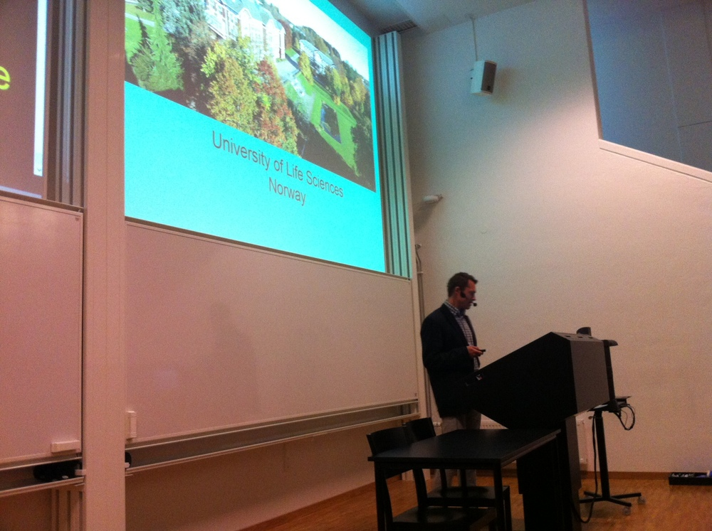 Leif Houck presenting at UD2014 in Lund, Sweden
