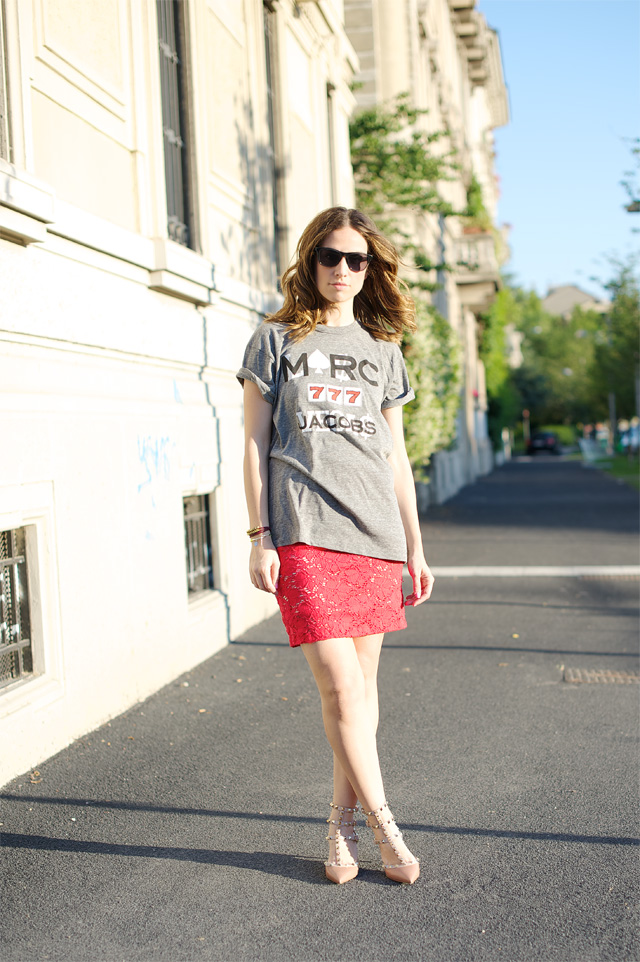 Marc-Jacobs-tshirt-Rinascimento-skirt-Valentino-shoes.jpg