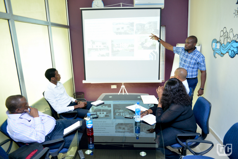 Demo-Day_3-Jide-Adekola-of-CasaGrupo-demoing-their-product.jpg