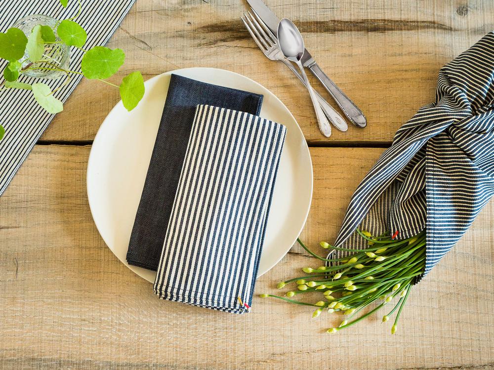 small-gunns-indigo-napkin-group