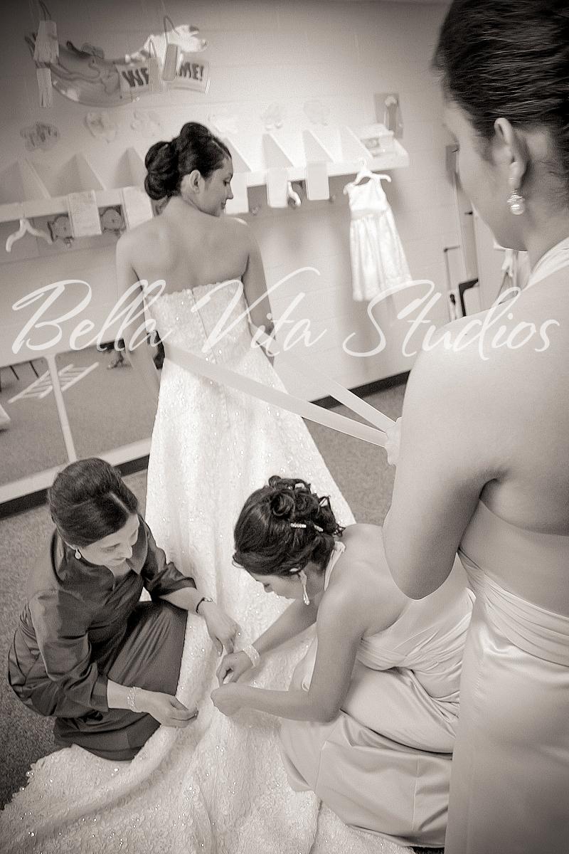 wedding-blackhaw-christian-church-fort-wayne-indiana-photographers-photography-photos-1017.jpg