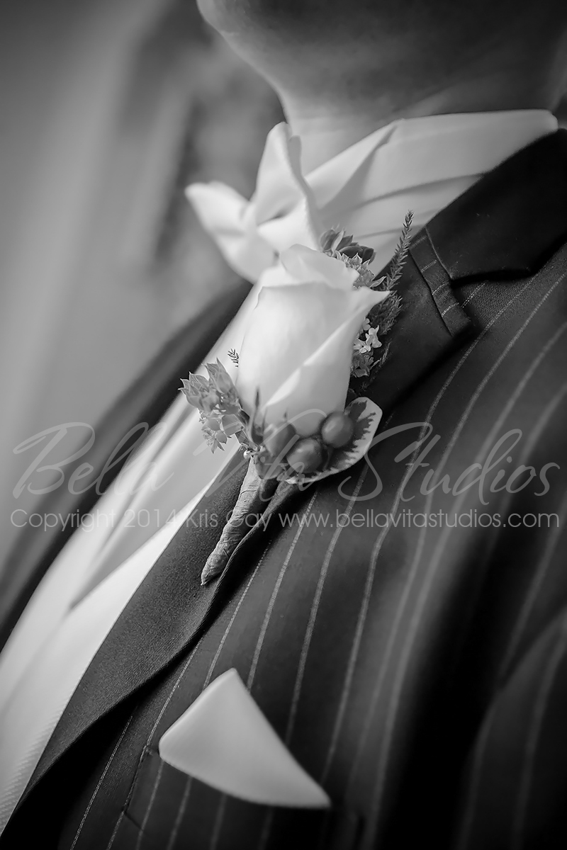 wedding-embassy-theatre-theater-fort-wayne-indiana-photographers-photography-engagement-1017