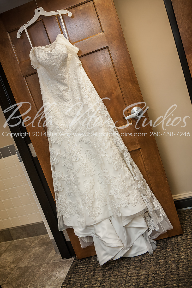 wedding-trinity-english-lutheran-church-fort-wayne-indiana-photographers-photography-engagement-1007