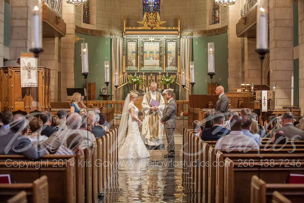 wedding-trinity-english-lutheran-church-fort-wayne-indiana-photographers-photography-engagement-1015