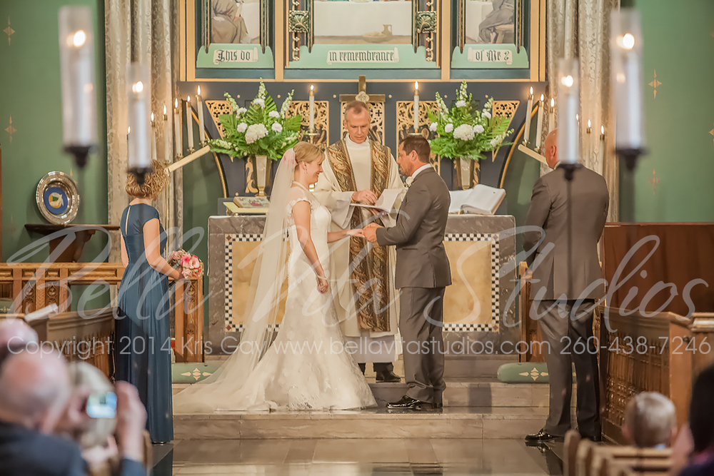 wedding-trinity-english-lutheran-church-fort-wayne-indiana-photographers-photography-engagement-1019