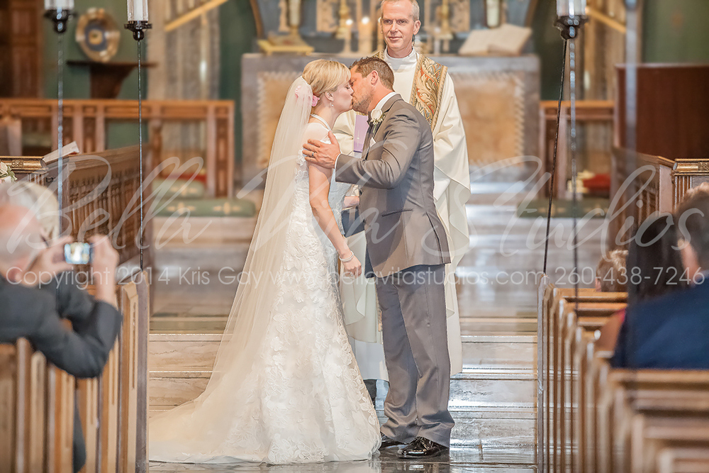 wedding-trinity-english-lutheran-church-fort-wayne-indiana-photographers-photography-engagement-1020