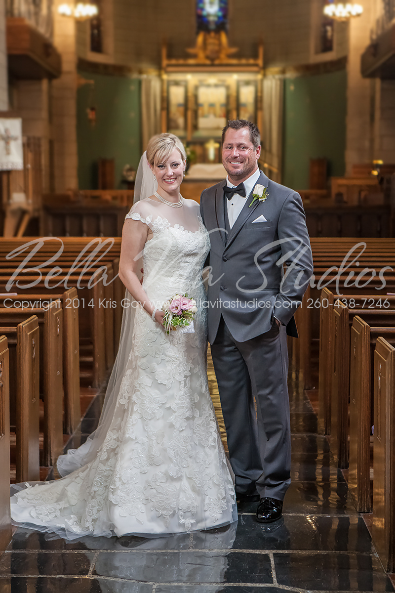 wedding-trinity-english-lutheran-church-fort-wayne-indiana-photographers-photography-engagement-1030