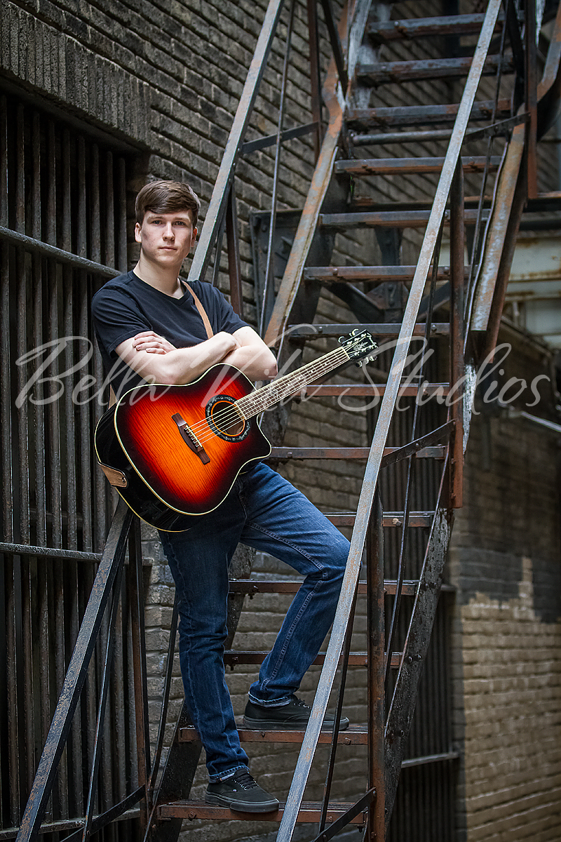 senior-portrait-photographers-in-fort-wayne-indiana-photos-photography-pictures-pics-pix-auburn-huntington-kendallville-antwerp-bluffton-decatur-ossian-1004