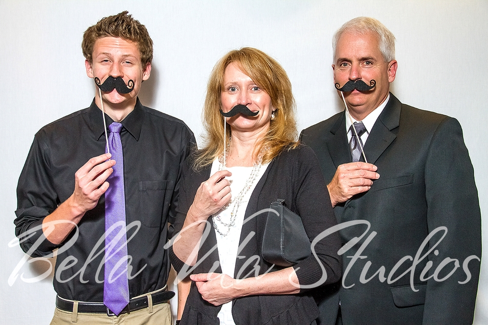 wedding-photo-booth-photobooth-indiana-michigan-ohio-fort-wayne-elkhart-indianapolis-muncie-1001