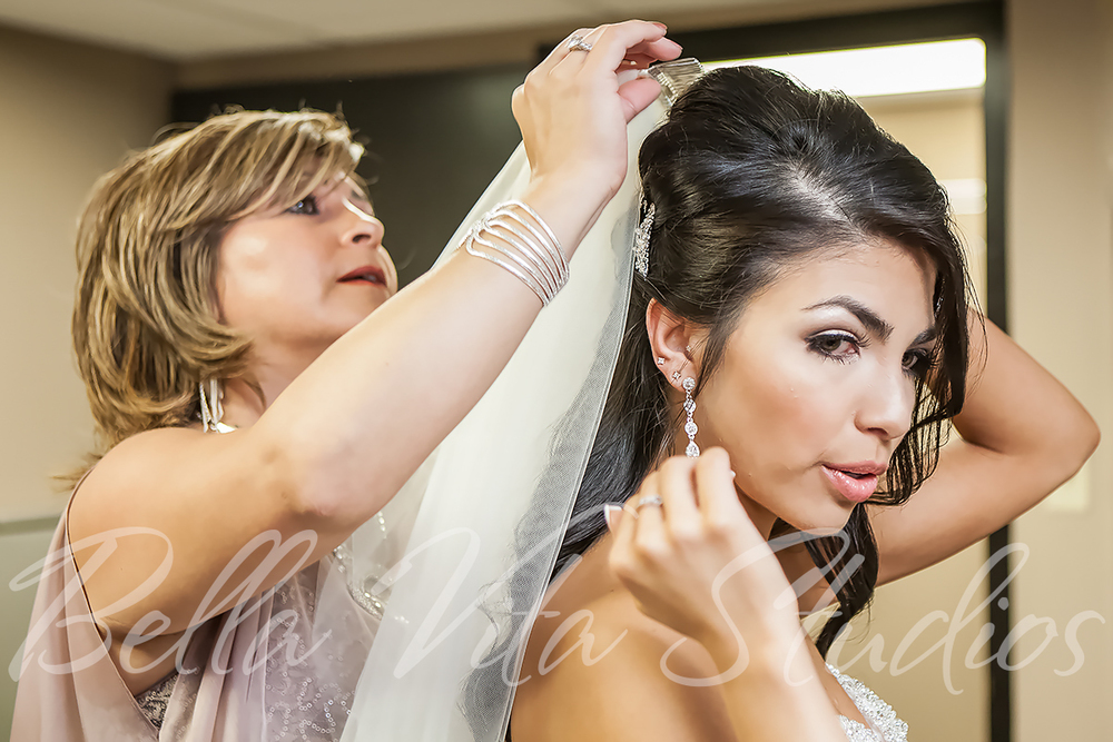 fort-wayne-wedding-photographers-photography-engagement-20140920-church-reception-1050