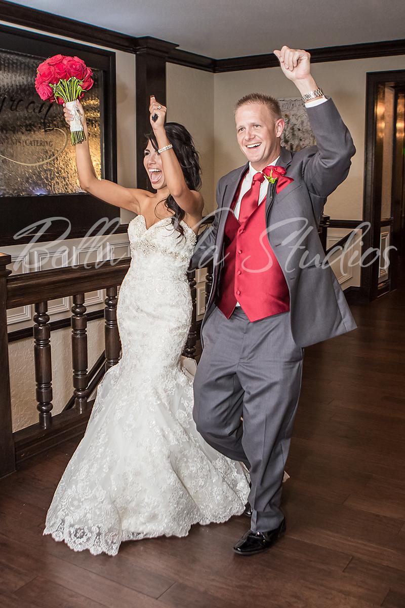 fort-wayne-wedding-photographers-photography-engagement-20140920-church-reception-1024