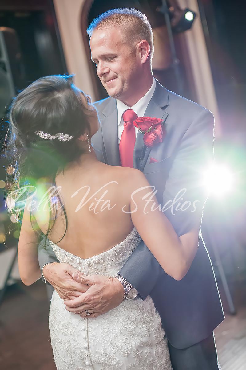 fort-wayne-wedding-photographers-photography-engagement-20140920-church-reception-1065