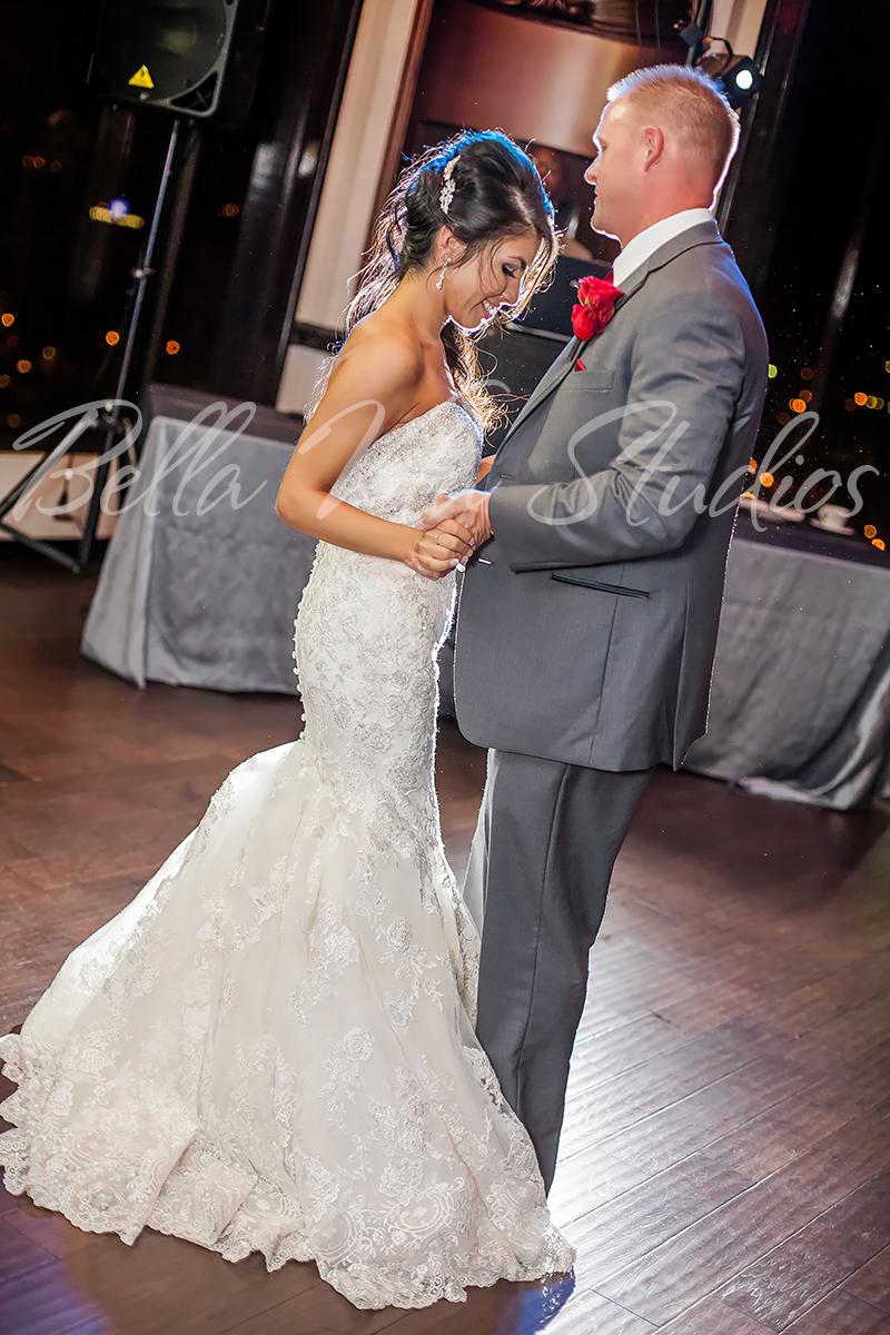 fort-wayne-wedding-photographers-photography-engagement-20140920-church-reception-1066