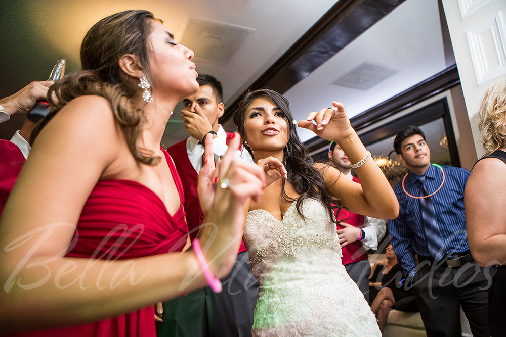 fort-wayne-wedding-photographers-photography-engagement-20140920-church-reception-1038