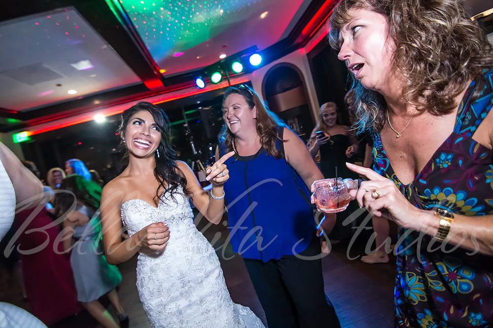 fort-wayne-wedding-photographers-photography-engagement-20140920-church-reception-1070
