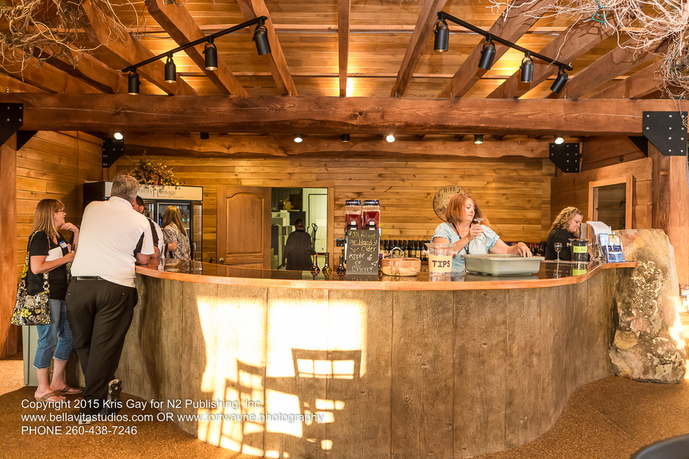 fort-wayne-commercial-photographers-photography-photos-20150723-country-heritage-winery-vineyard-1122
