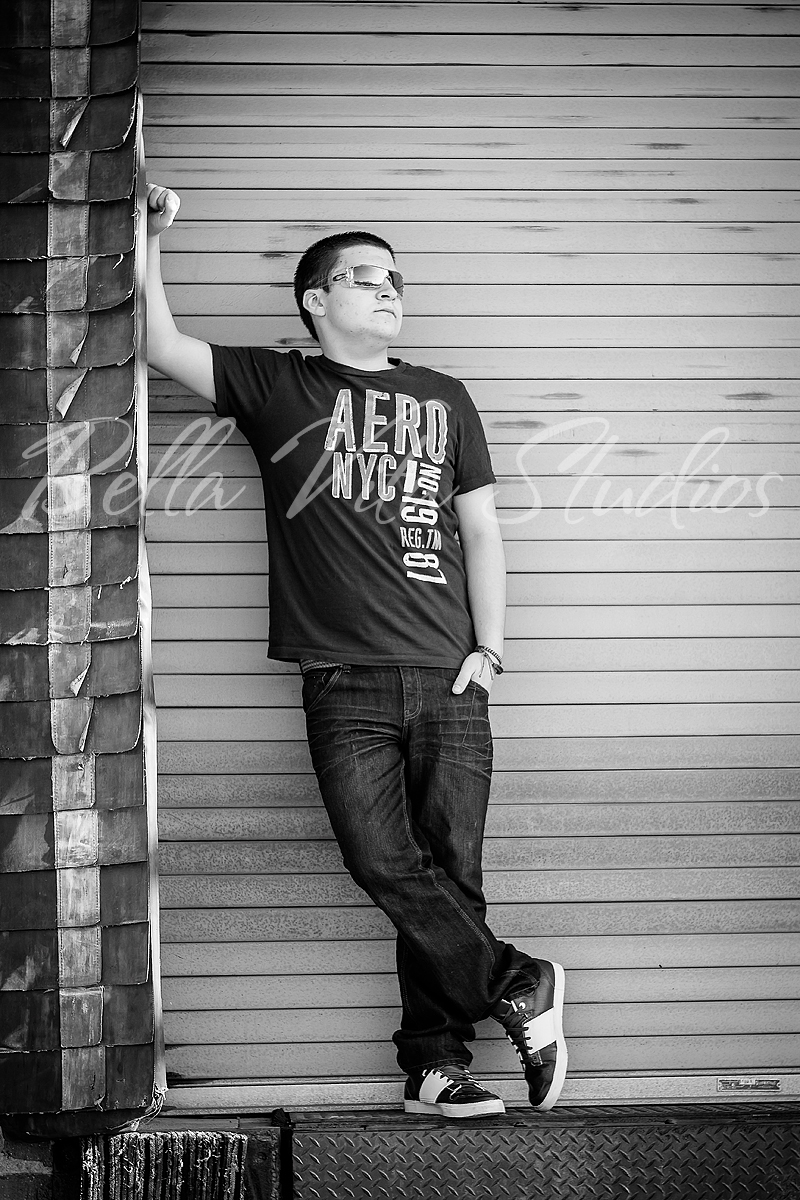 senior-portraits-in-fort-wayne-pictures-pics-pix-photos-photographers-photography-auburn-huntington-bluffton-decatur-ossian-new-haven-1013.jpg