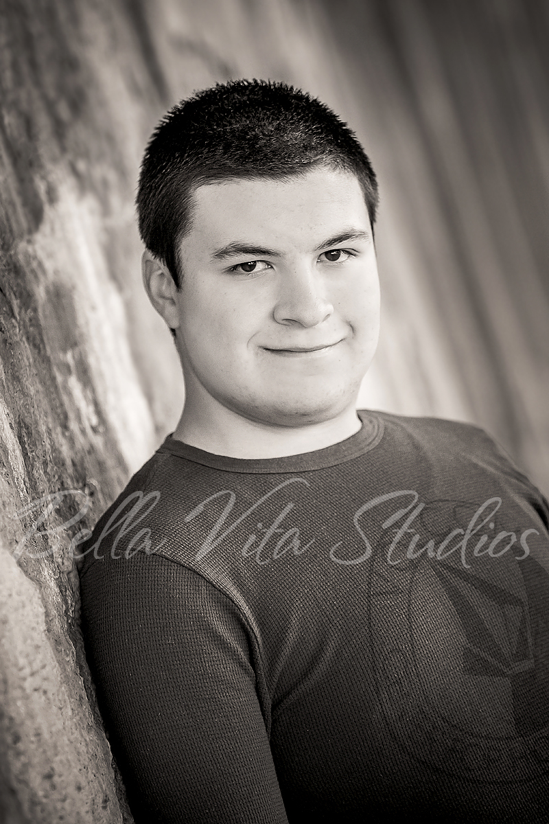 senior-portraits-in-fort-wayne-pictures-pics-pix-photos-photographers-photography-auburn-huntington-bluffton-decatur-ossian-new-haven-1030.jpg