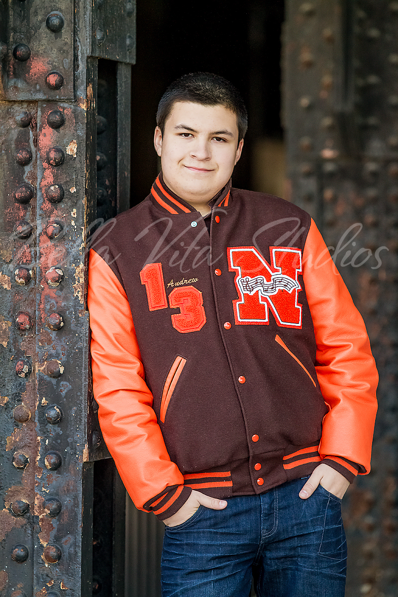 senior-portraits-in-fort-wayne-pictures-pics-pix-photos-photographers-photography-auburn-huntington-bluffton-decatur-ossian-new-haven-1034.jpg