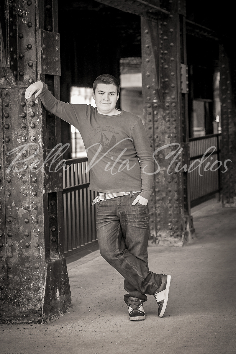 senior-portraits-in-fort-wayne-pictures-pics-pix-photos-photographers-photography-auburn-huntington-bluffton-decatur-ossian-new-haven-1033.jpg