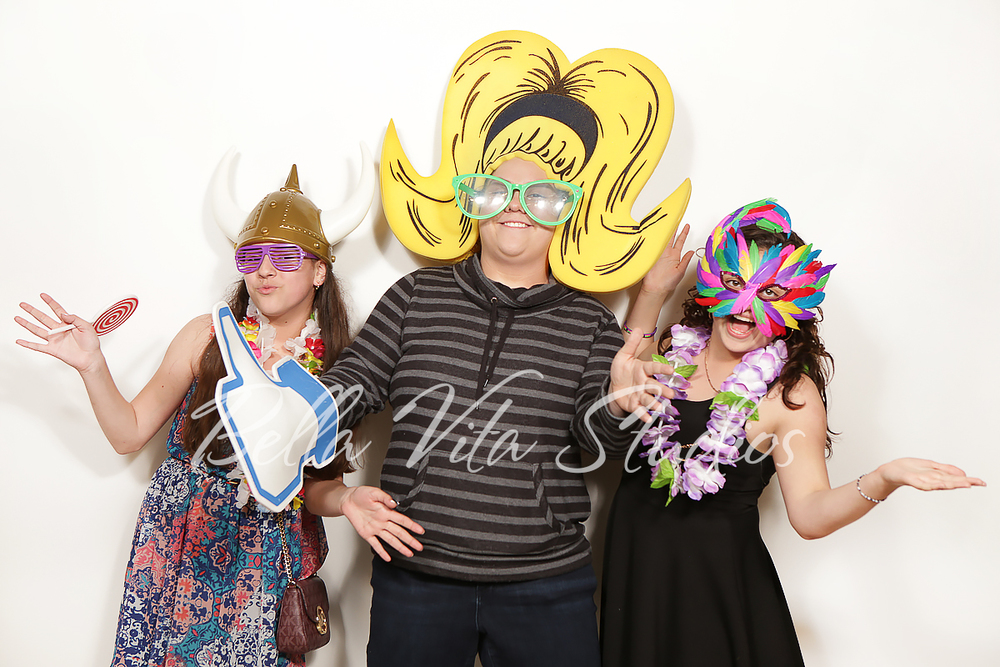 fort-wayne-indiana-photobooth-photo-booth-rental-hire-rent-ohio-auburn-huntington-bluffton-decatur-1078.jpg