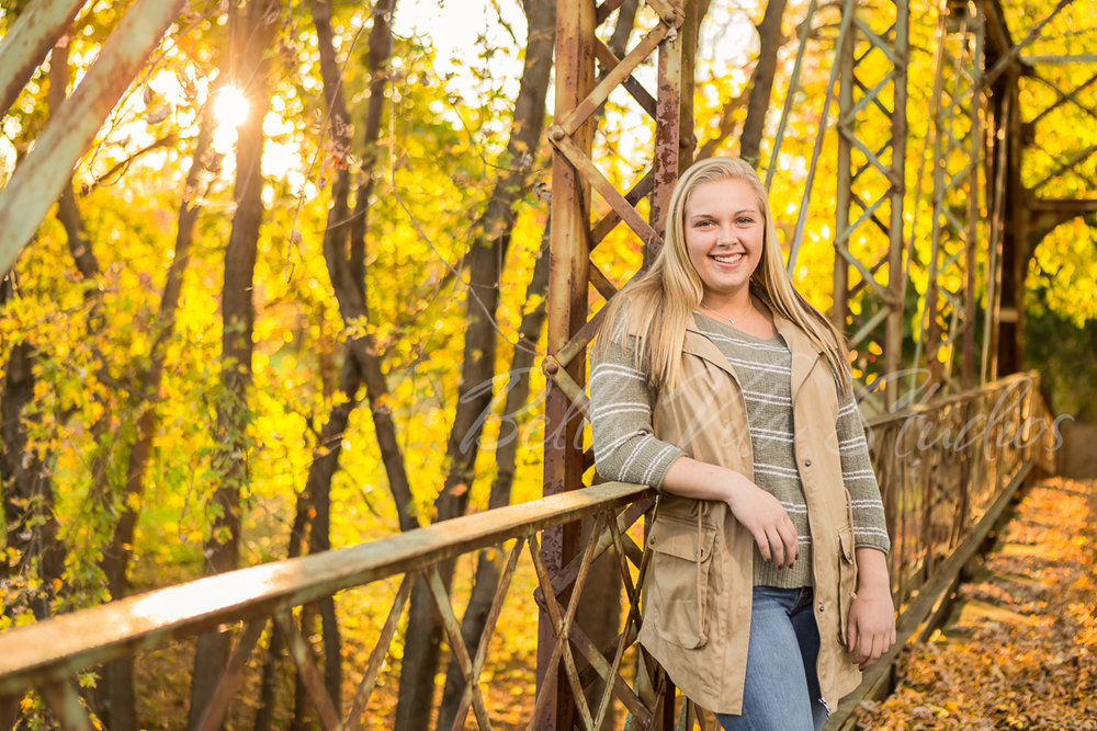 fort-wayne-senior-portraits-pictures-photos-pics-pix-indiana-ohio-huntington-auburn-angola-bluffton-decatur-1081.jpg