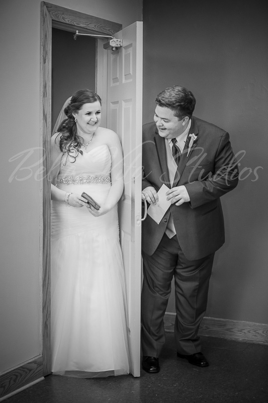 fort-wayne-wedding-photographers-photography-photos-ceremony-church-the-pointe-reception-bergstaff-place-indiana-ohio-1135_WM