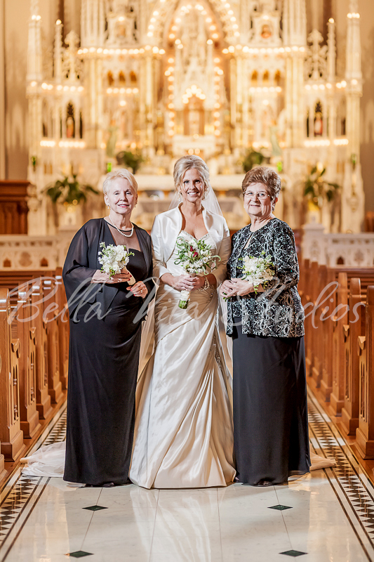 fort-wayne-catholic-wedding-church-reception-photographers-photography-baker-street-train-station-3070