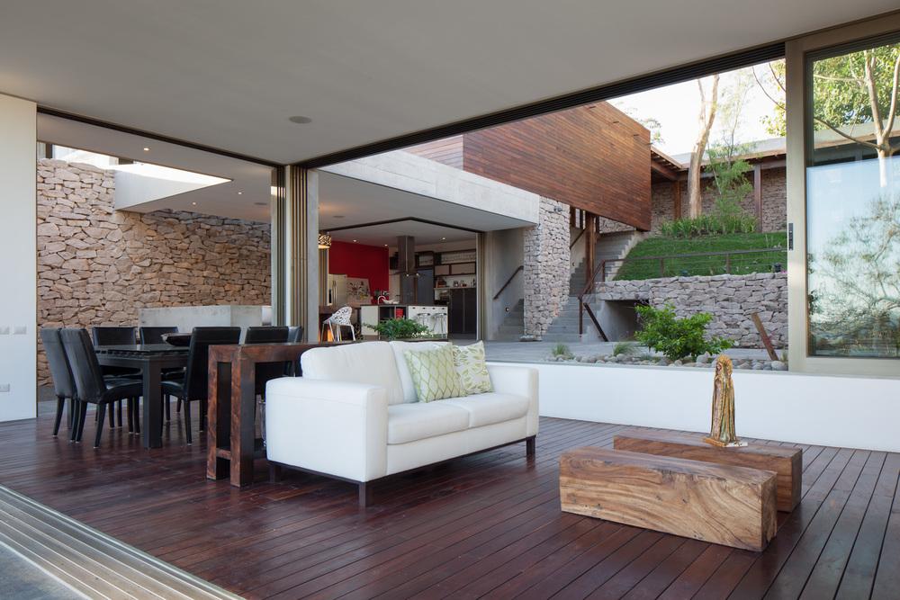 Architecture-Modern-Casa-Jardin-El-Salvador-Interior-08.JPG