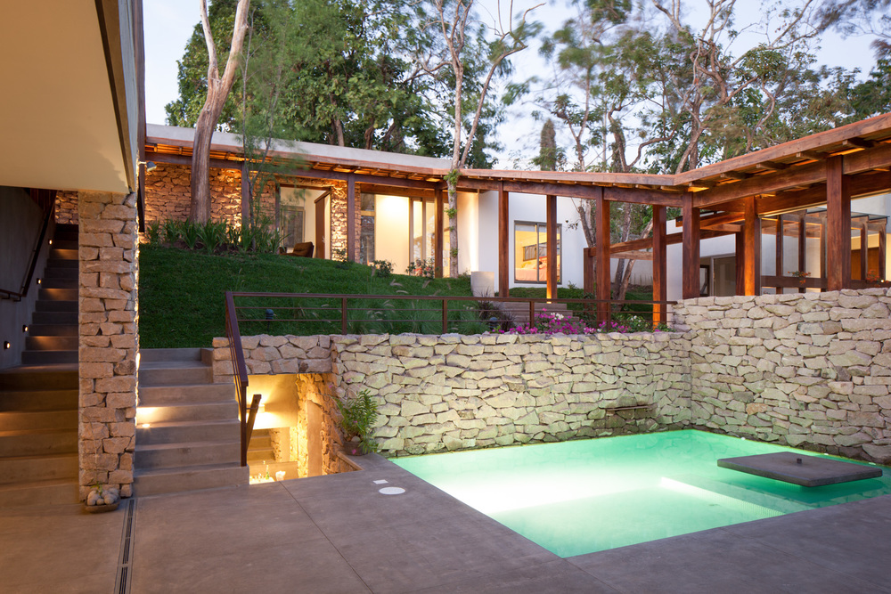 Architecture-Modern-Casa-Jardin-El-Salvador-Pool-15.JPG