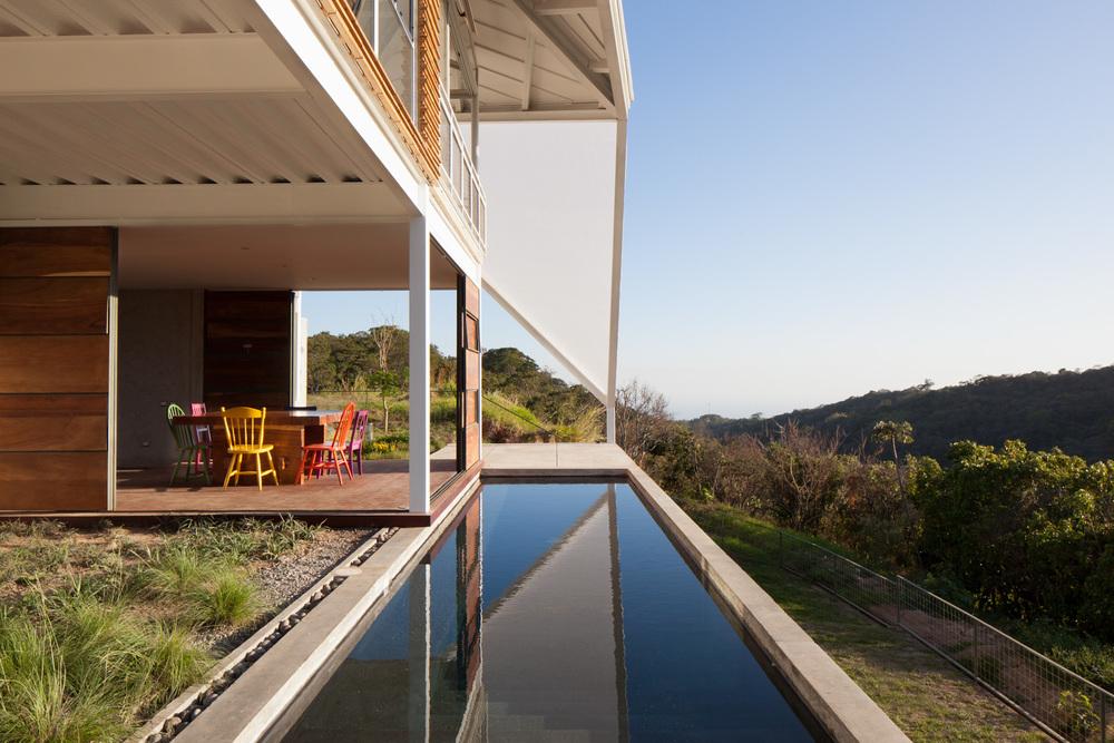 Architecture-Modern-La-Piscucha-El-Salvador-Dwell-09.JPG