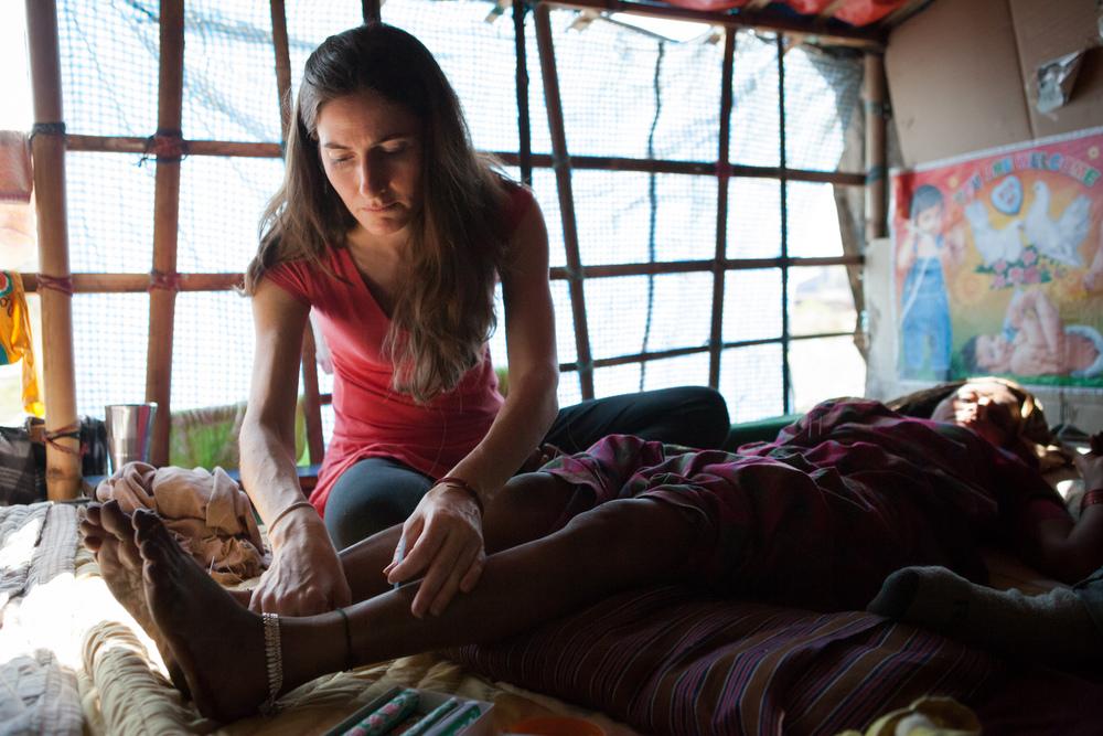Humanitarian-Acupuncture-Mindful-Medicine-Nepal-Boudha-Boudhanath-15.JPG