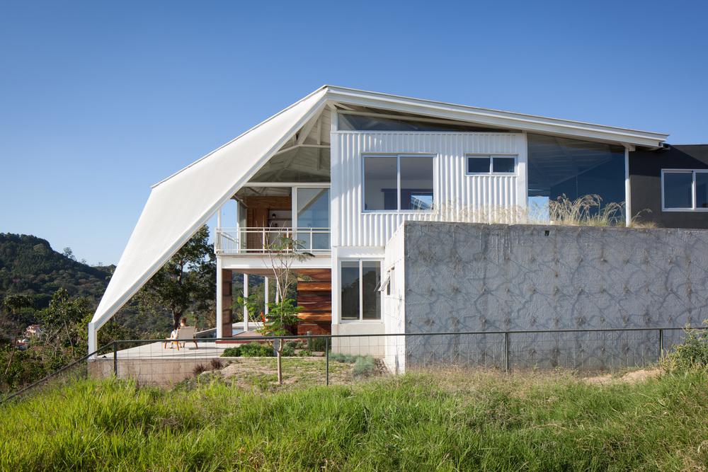 Architecture-Modern-La-Piscucha-El-Salvador-Dwell-08.JPG